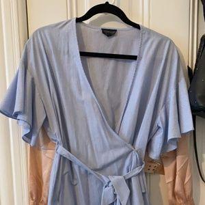 Dresses & Skirts - Topshop ruffle Dress